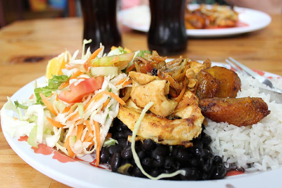 arroz con pollo costa rica repas