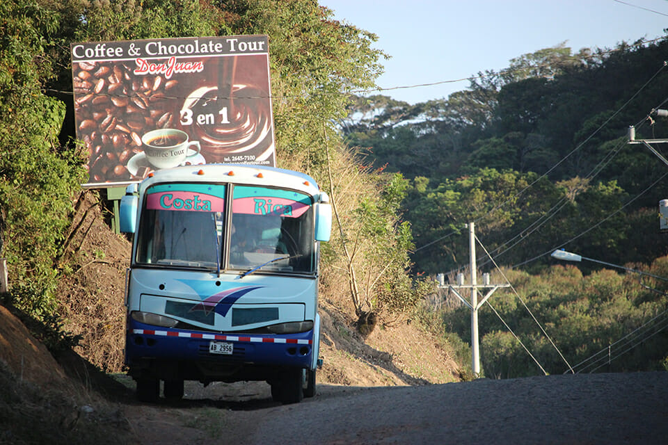 transport costa rica bus trip