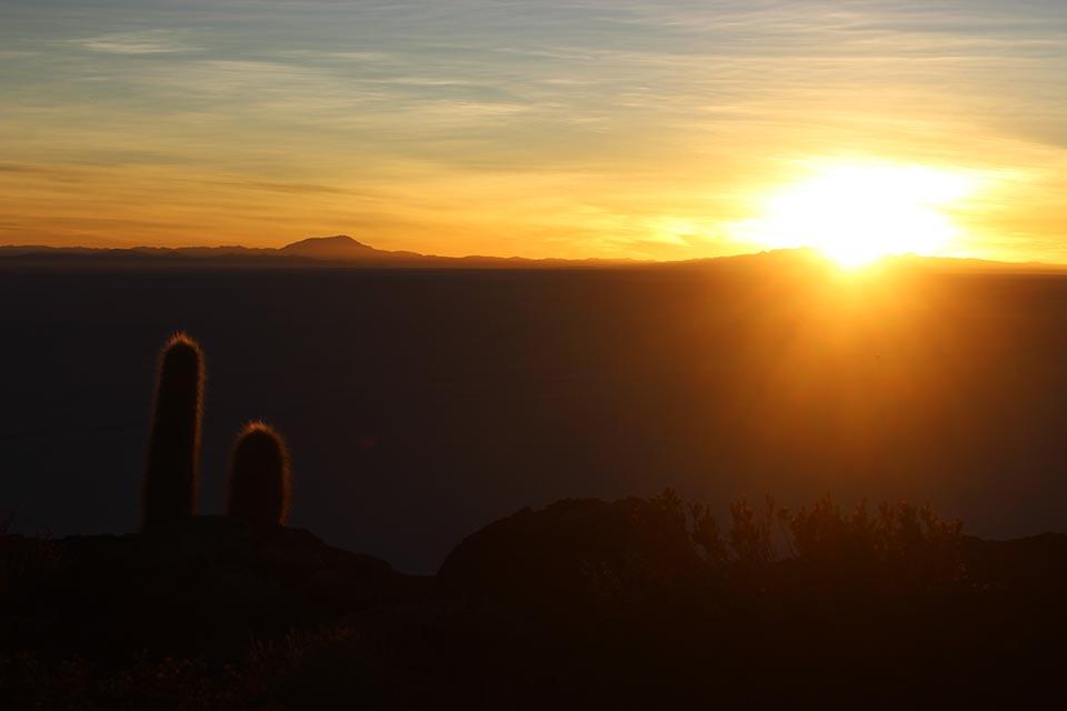 lever,soleil,isla incahuasi,salar d'uyuni