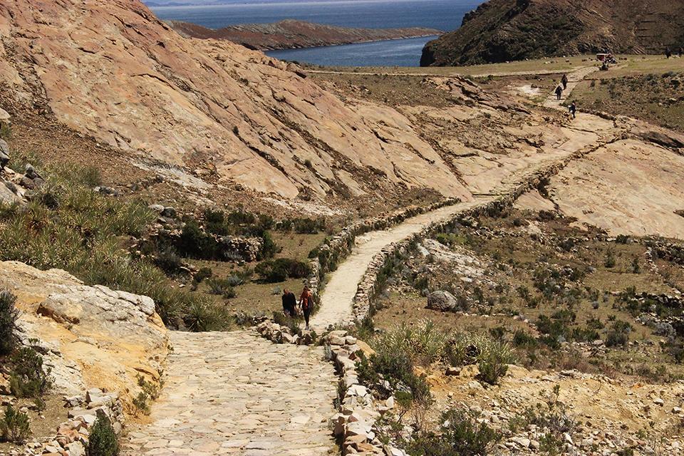 isla del sol, bolivia, explorelemonde