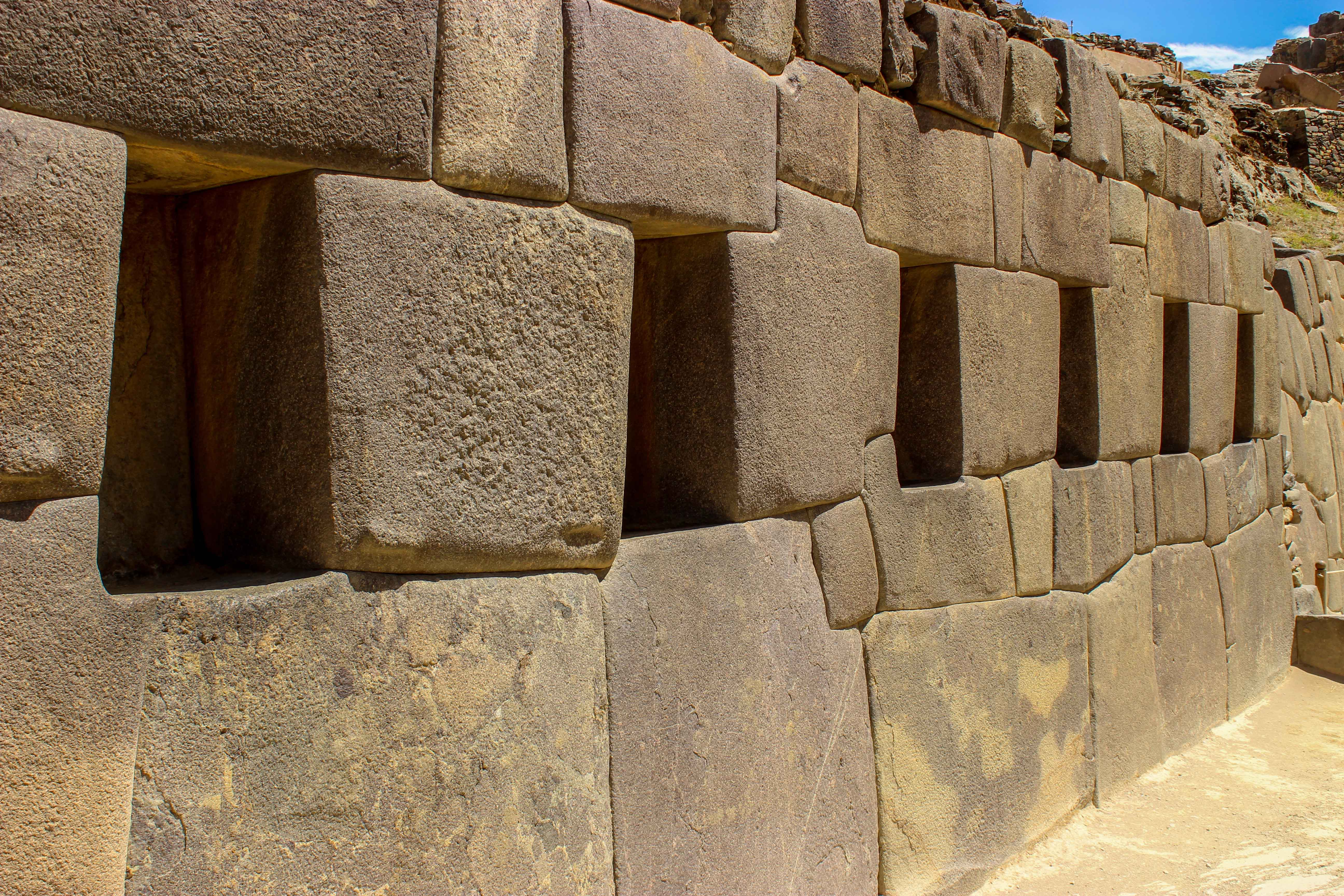 vallee-sacree-ollantaytambo-mur