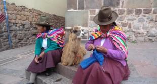portrait_de_femme_avec_lama_cuzco