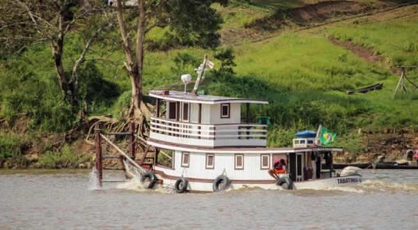 bateau-lancha-amazone-amazonie