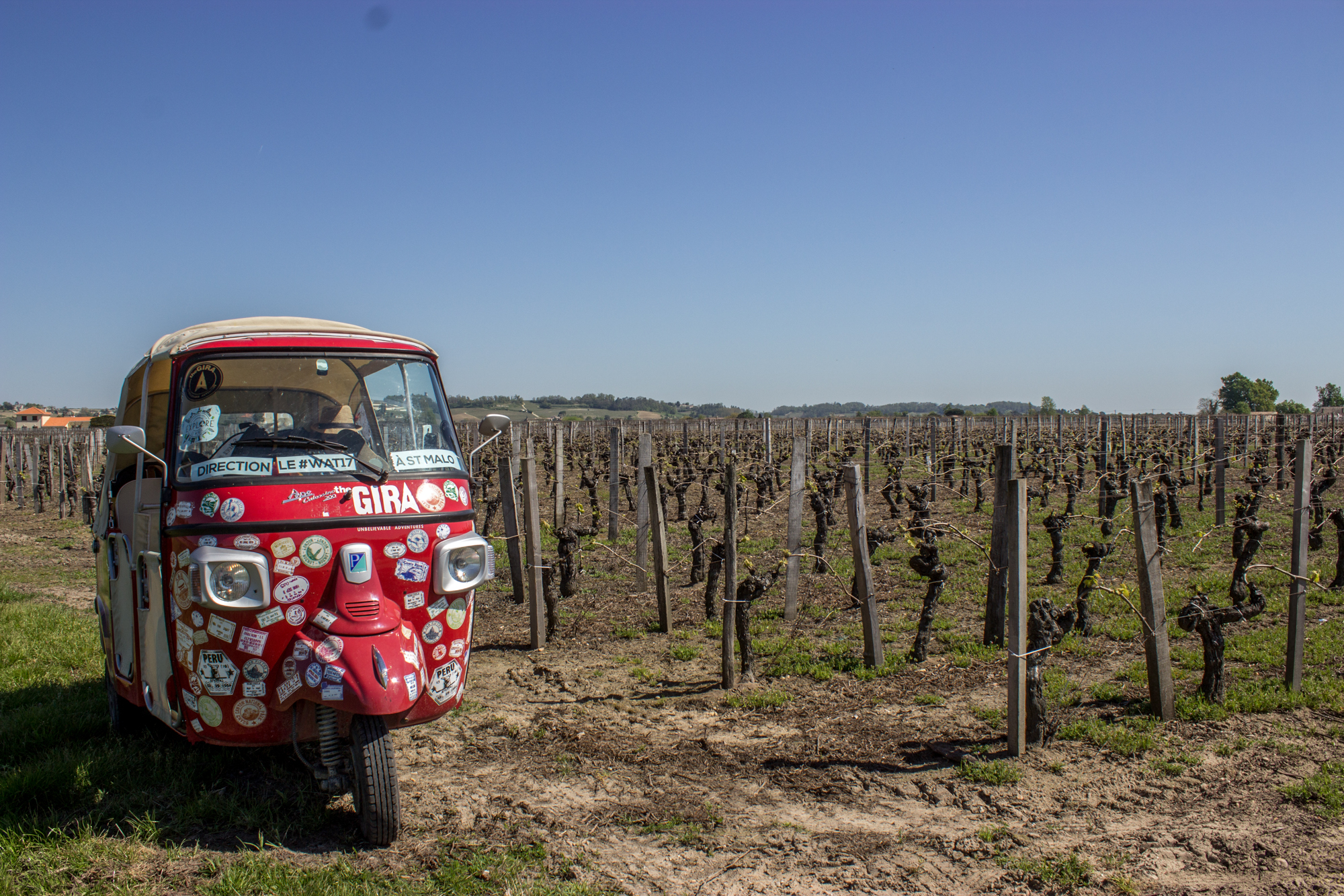 the-gira-france-tuk-tuk-road-trip