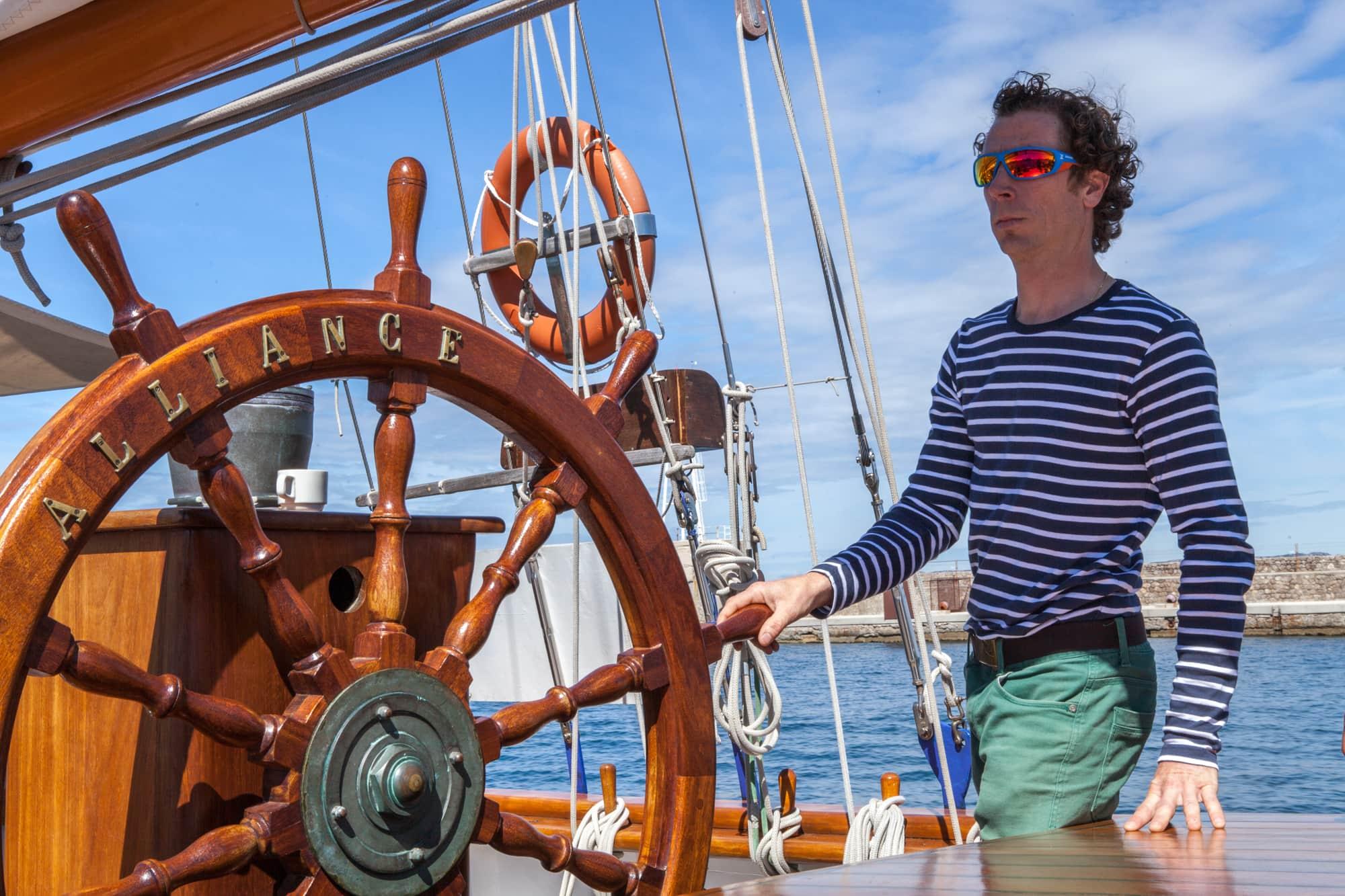 mer-voilier-sortie-marseille-calanques
