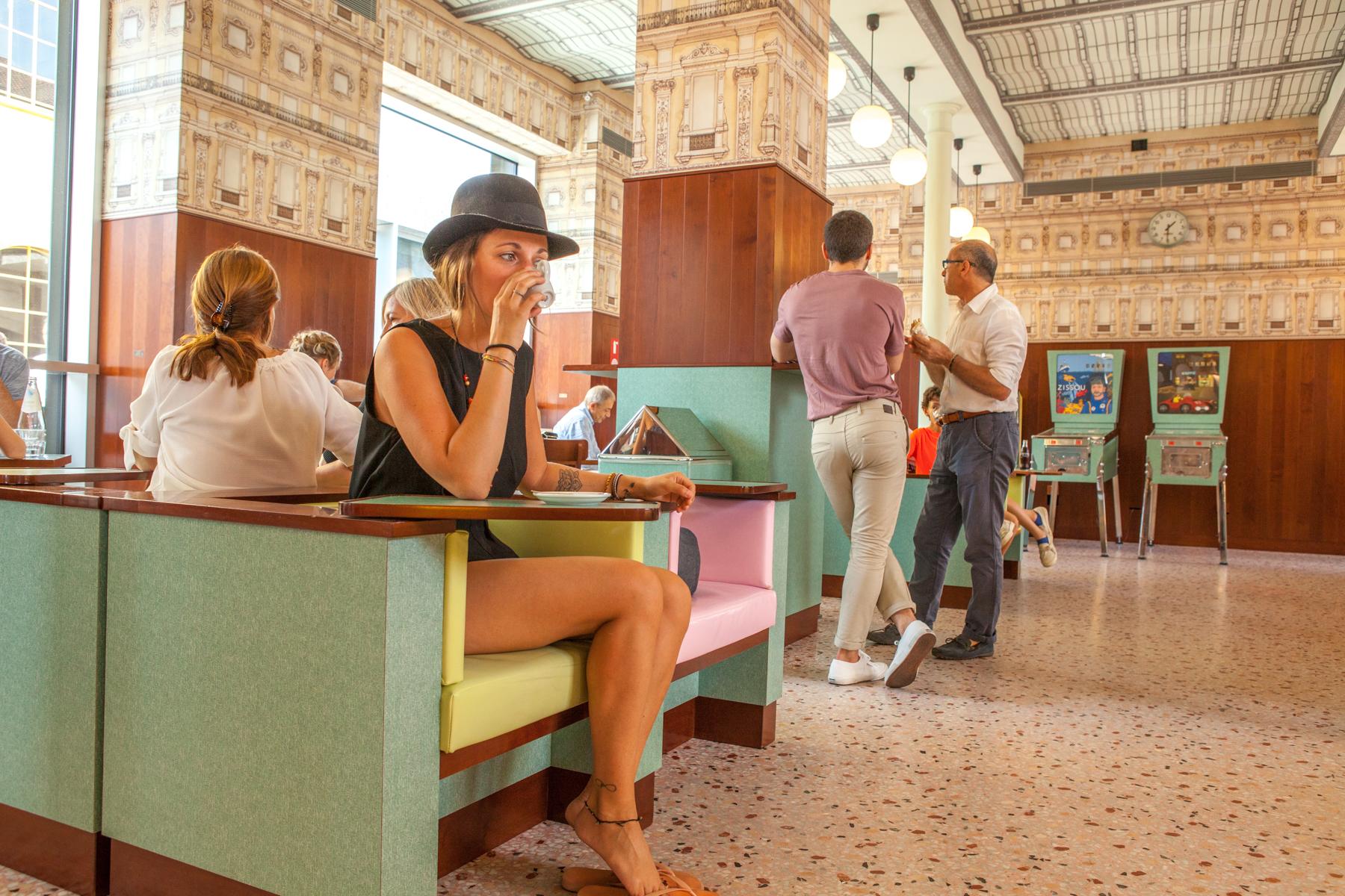 milan-voyage-café-fondation-prada-waynabox