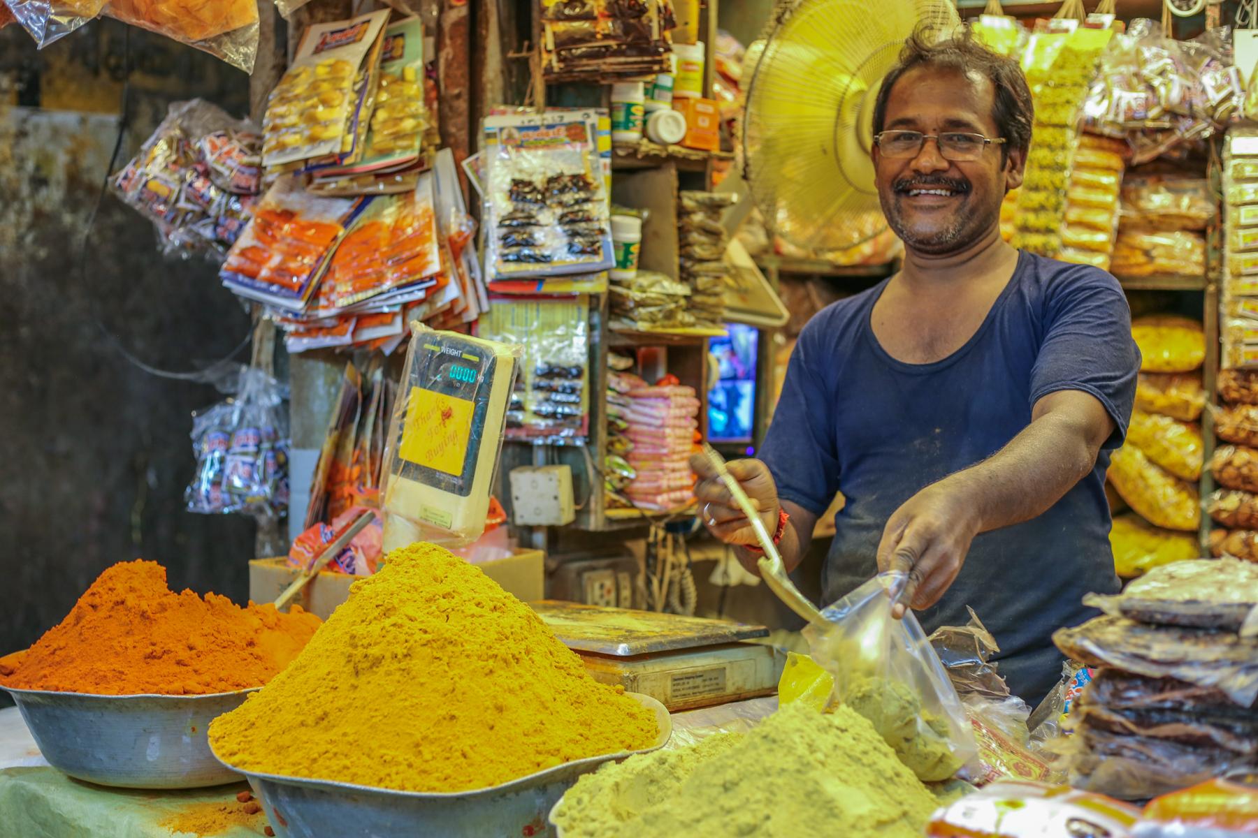 Inde-marché-épices-pondichery-goubert-market