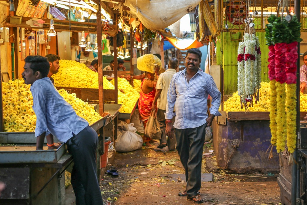 Inde-marché-pondichery-goubert-market-fleur