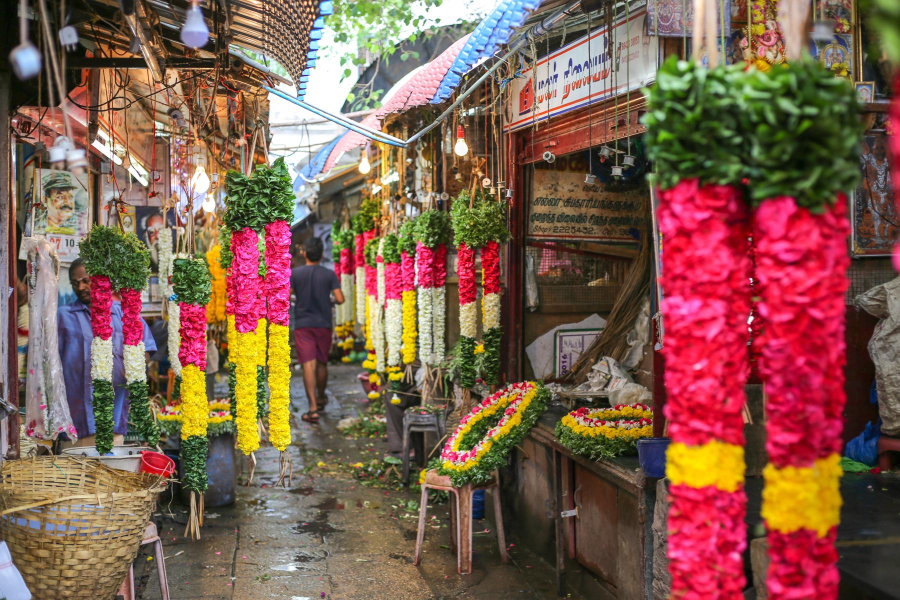 inde-marché-pondichery-goubert-market-fleurs