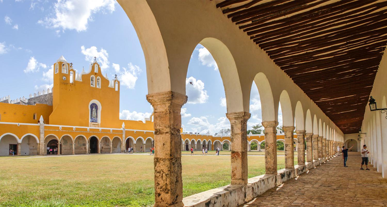 Valladolid, Merida et Izamal,  entre villes coloniales et cenotes
