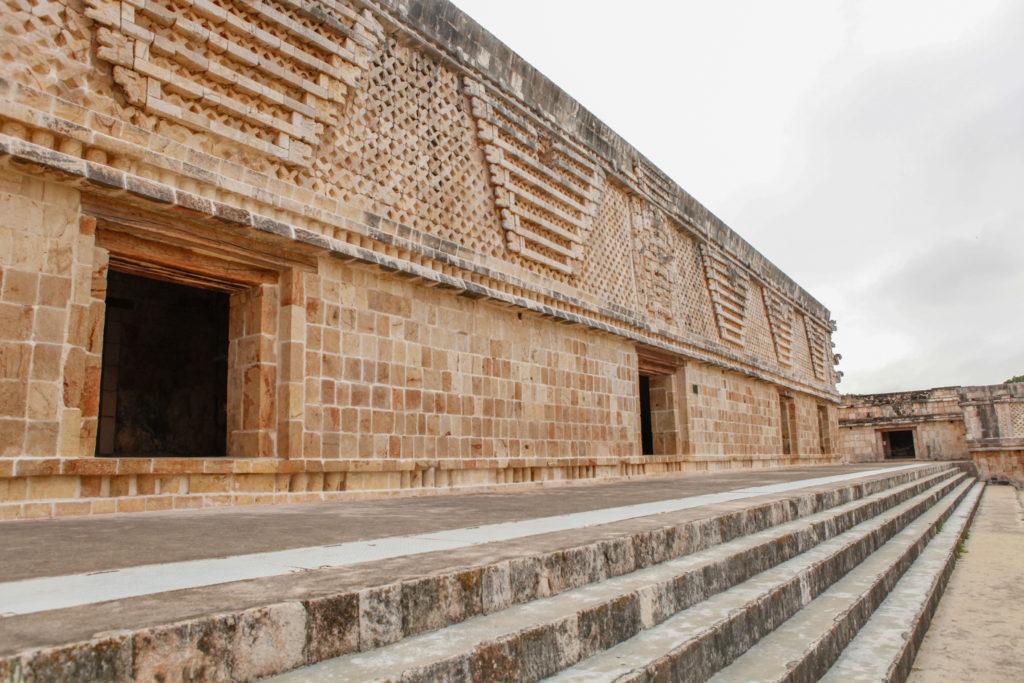 nones-uxmal-mexique-yucatan-ruines-mayas