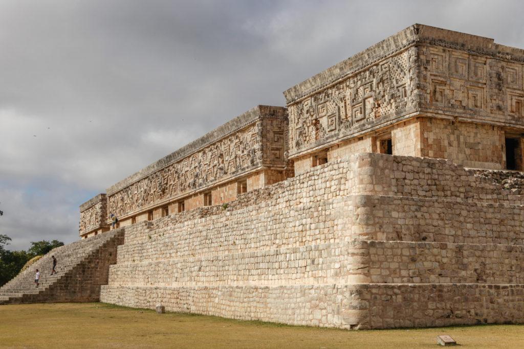 uxmal-maya-mexique-yucatan-palais