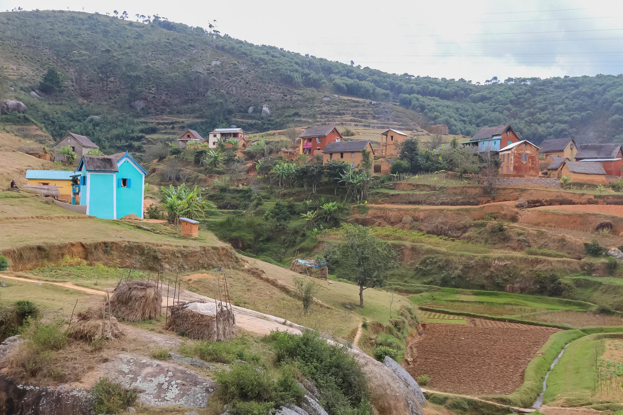 andasibe-village-roadtrip-madagascar-voyage