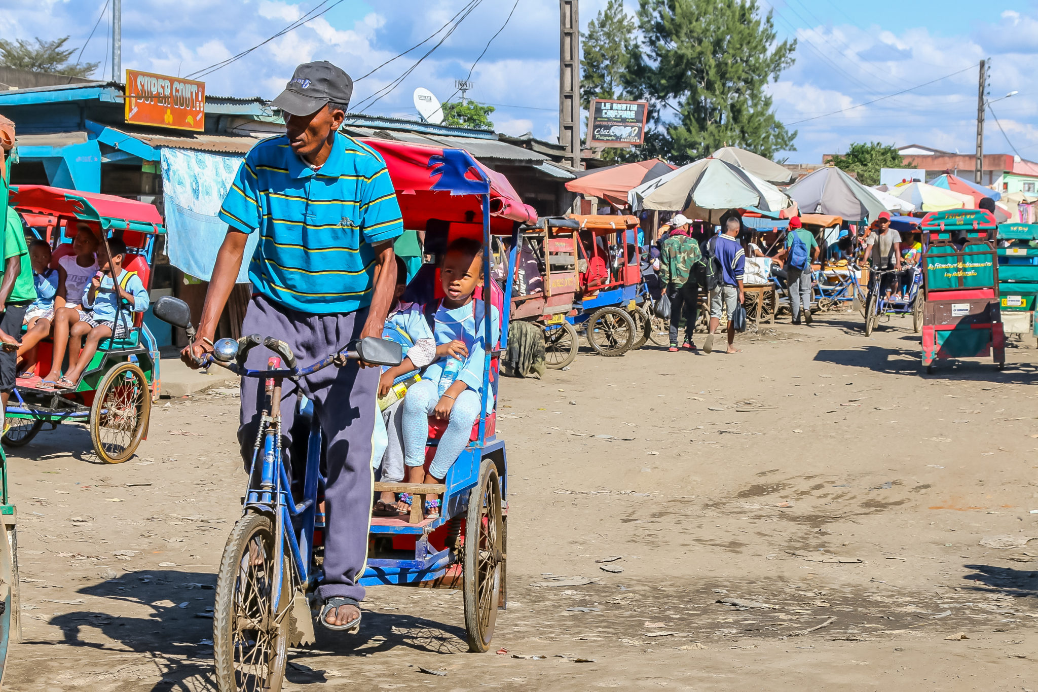 marché-madagascar-voyage