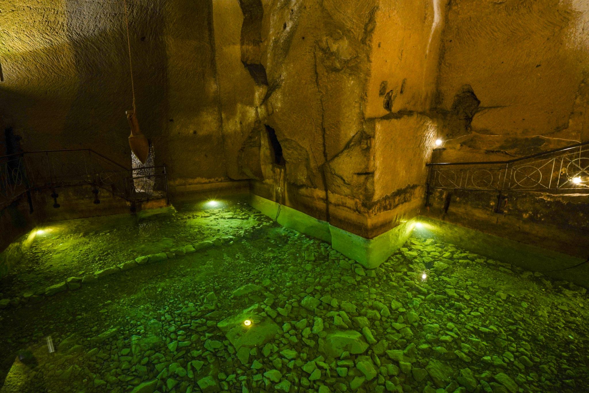 Naples-visite-city-guide-souterrain-aqueduc