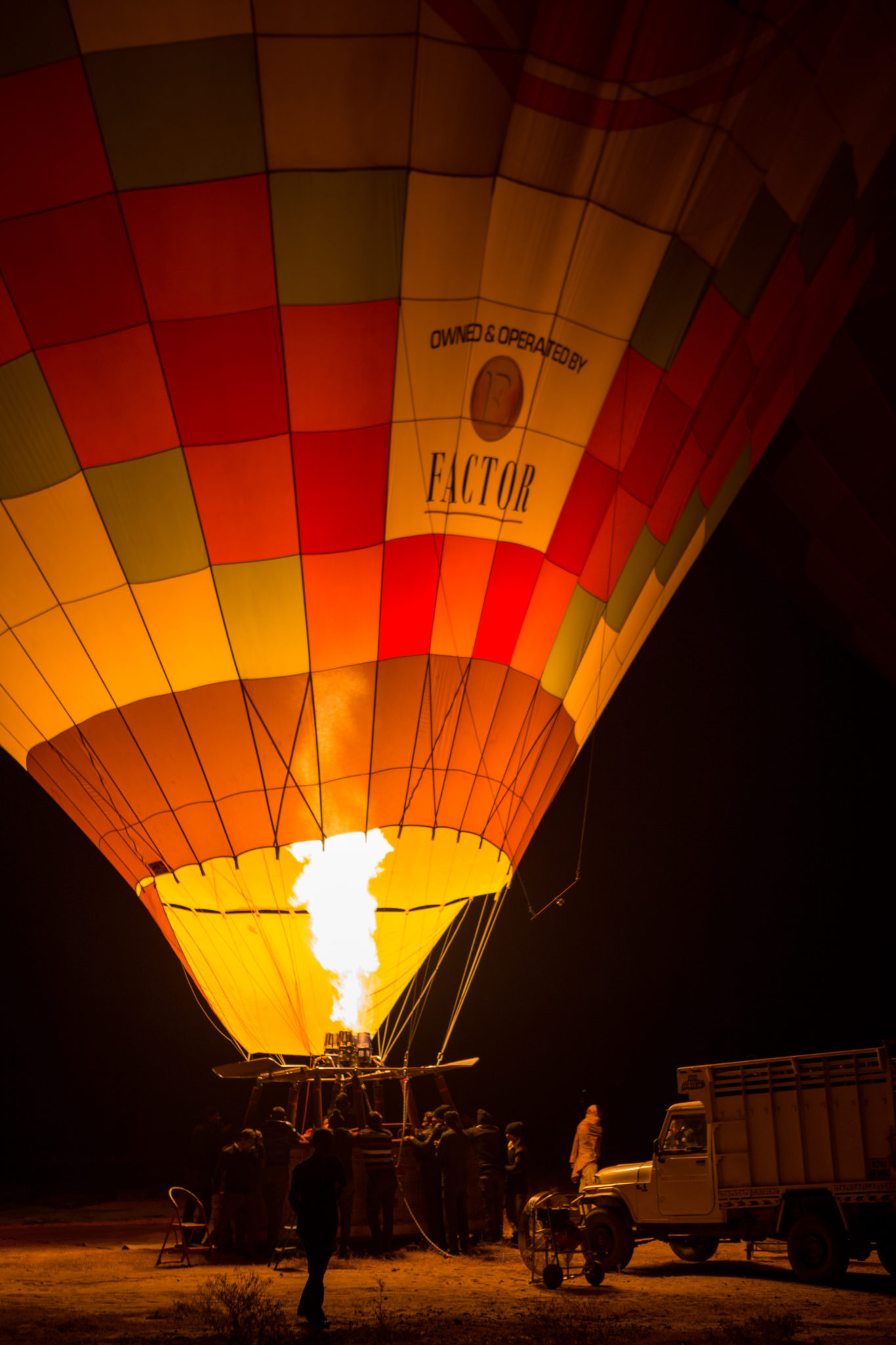 air-balloon-montgolfiere-jaipur-rajasthan-inde