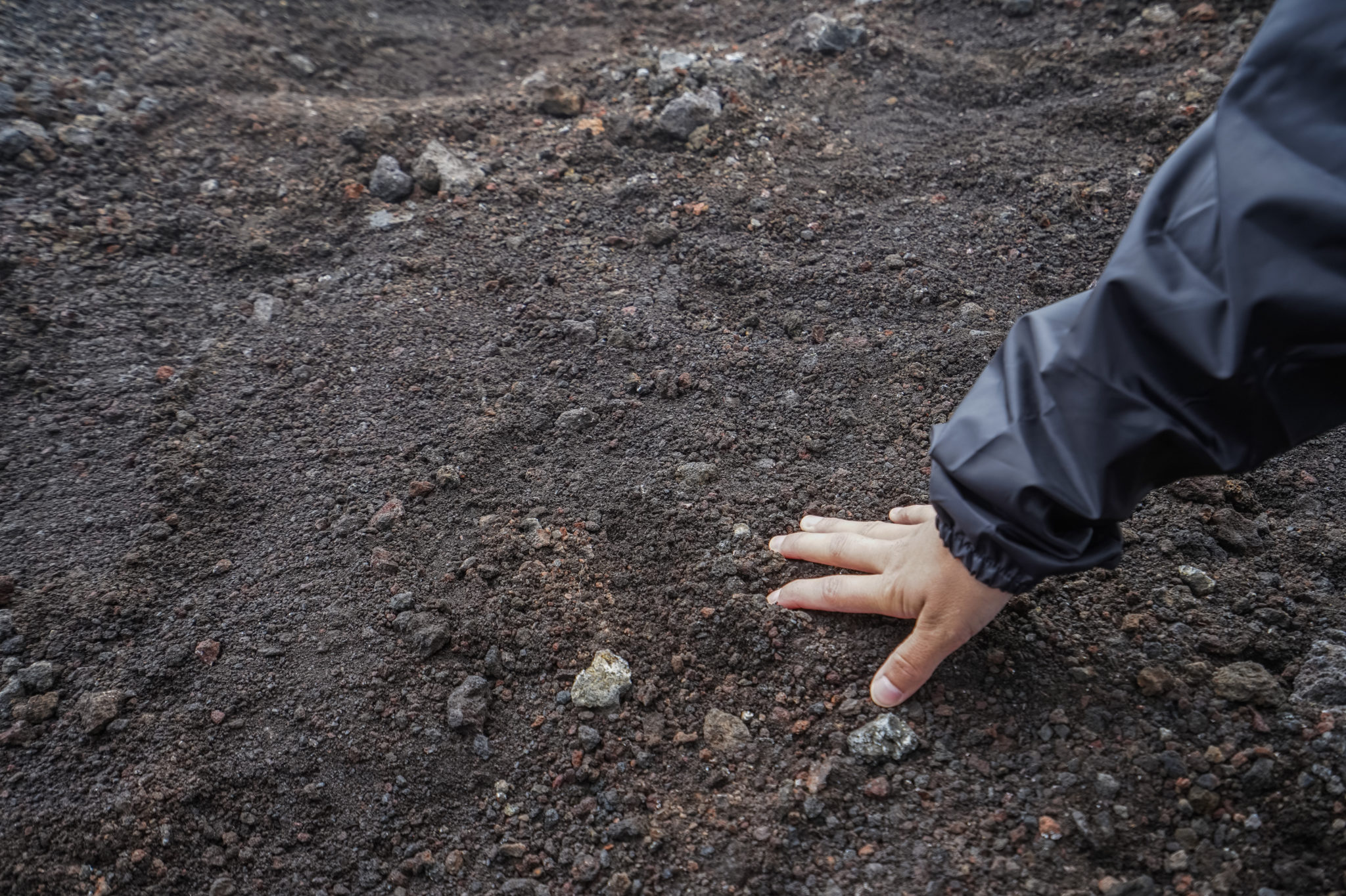 Etna-sicile-volcan-excursion-eruption-roche-catane