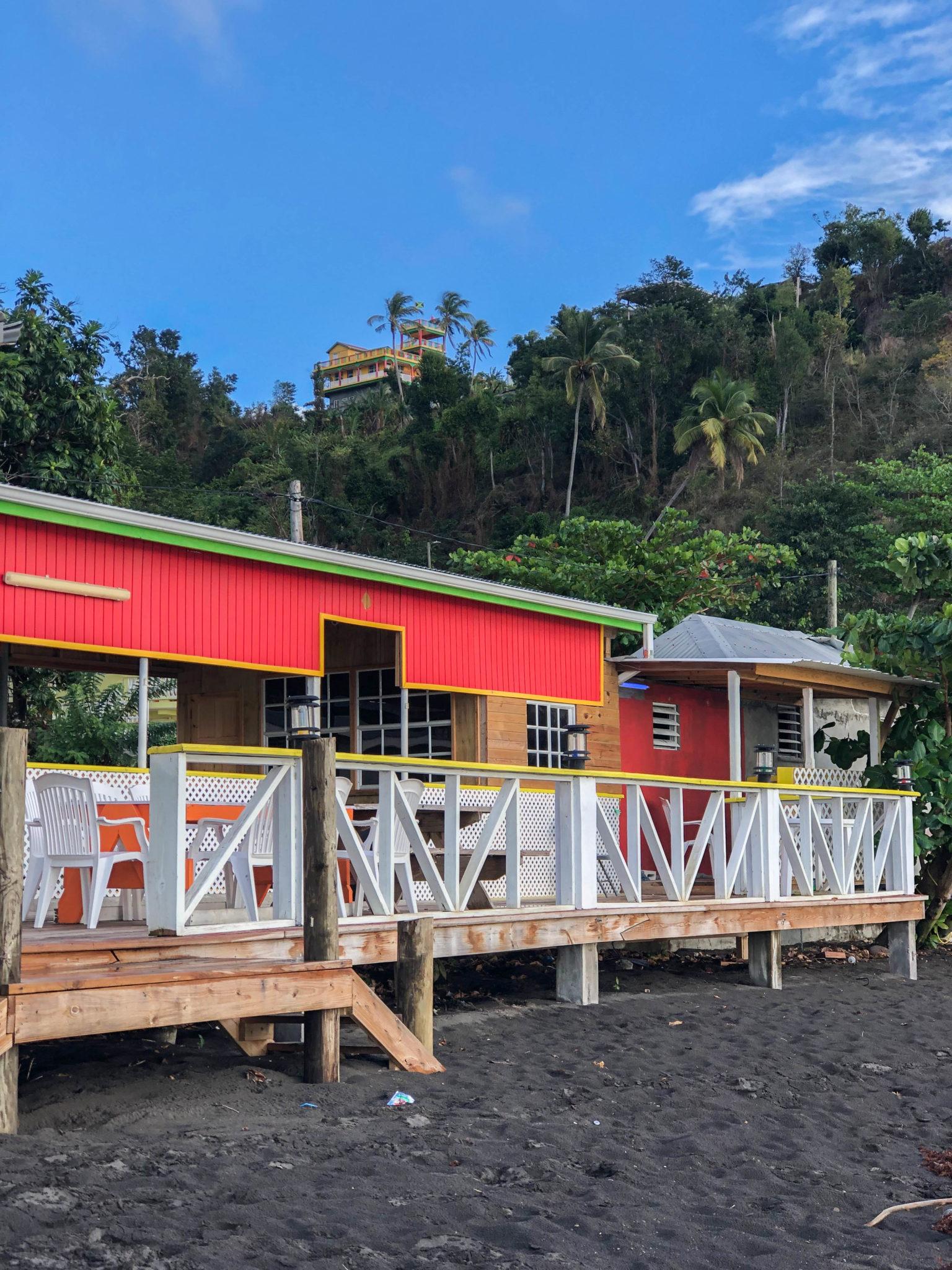 visiter-ile-dominique-plage-toucari-bay