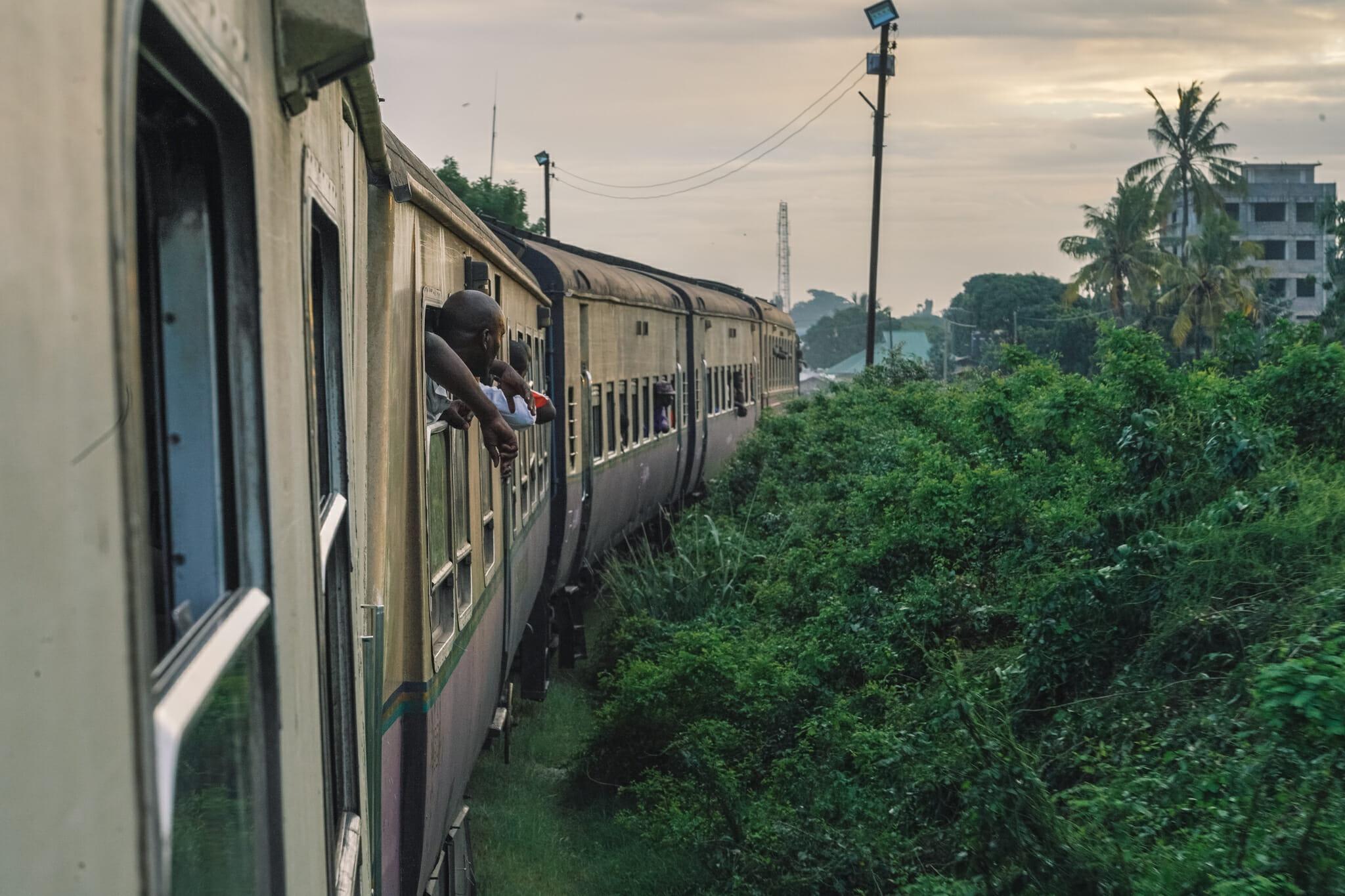 voyage-train-tanzanie-dar-es-salam
