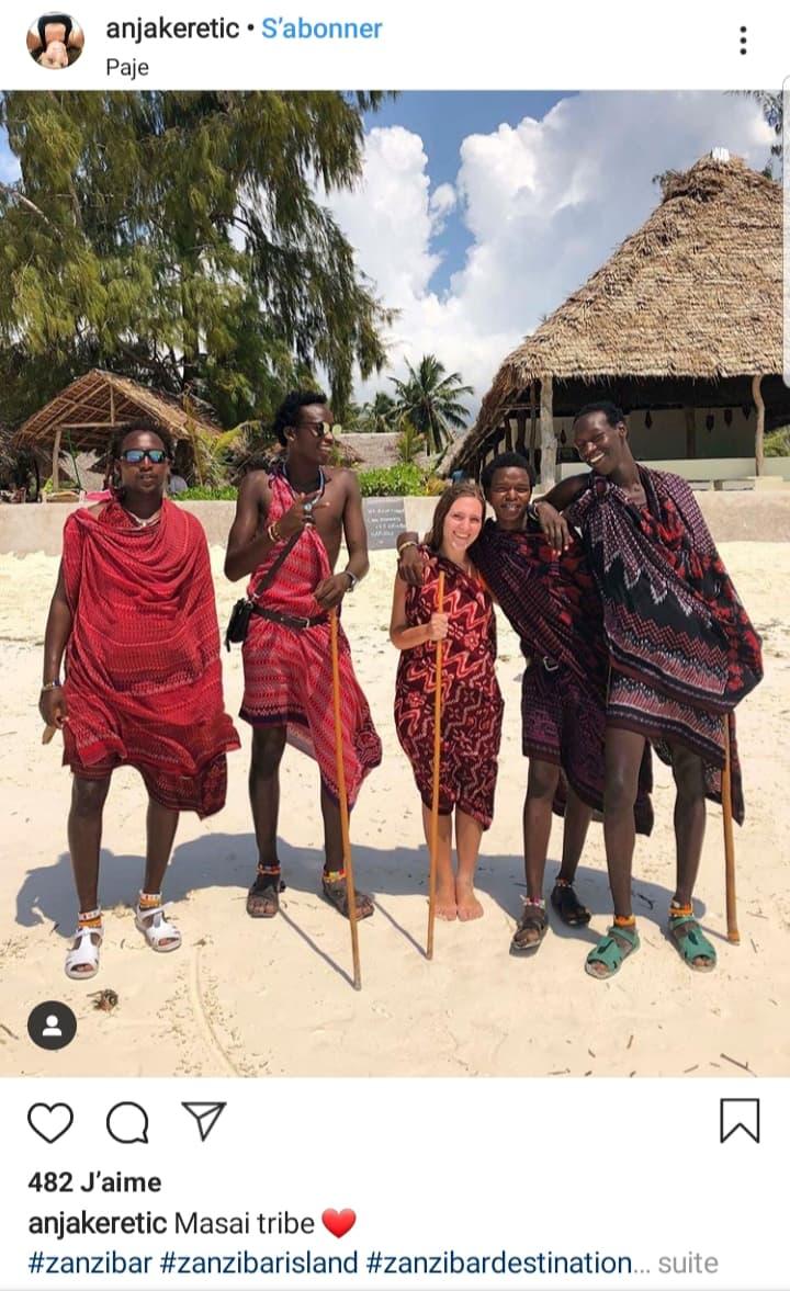 zanzibar-touriste-photo-massai