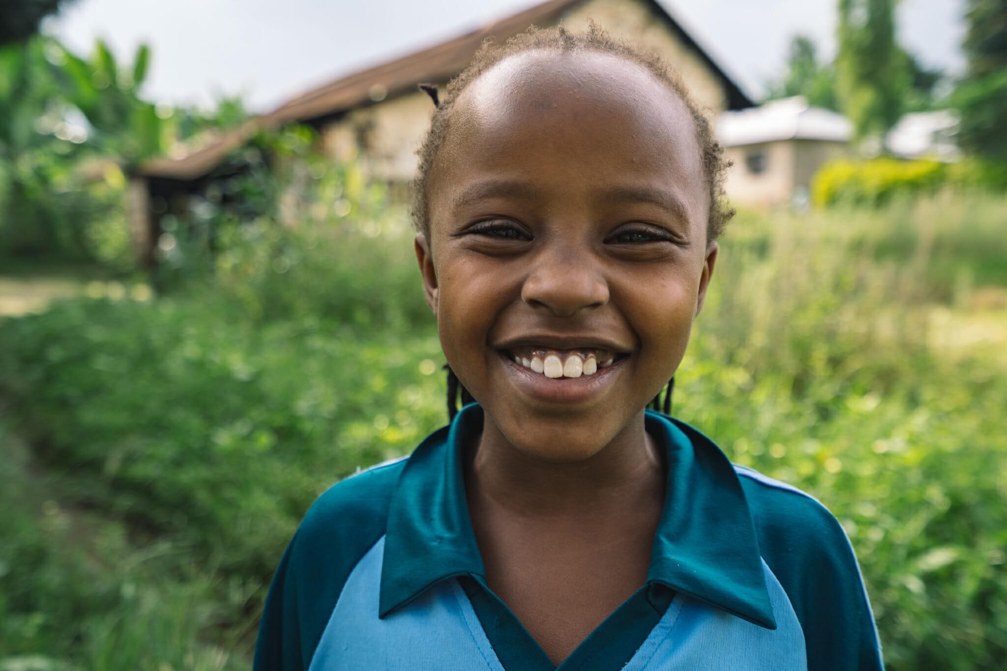 Maya, la fille de Gerald nous accueillant à Arusha