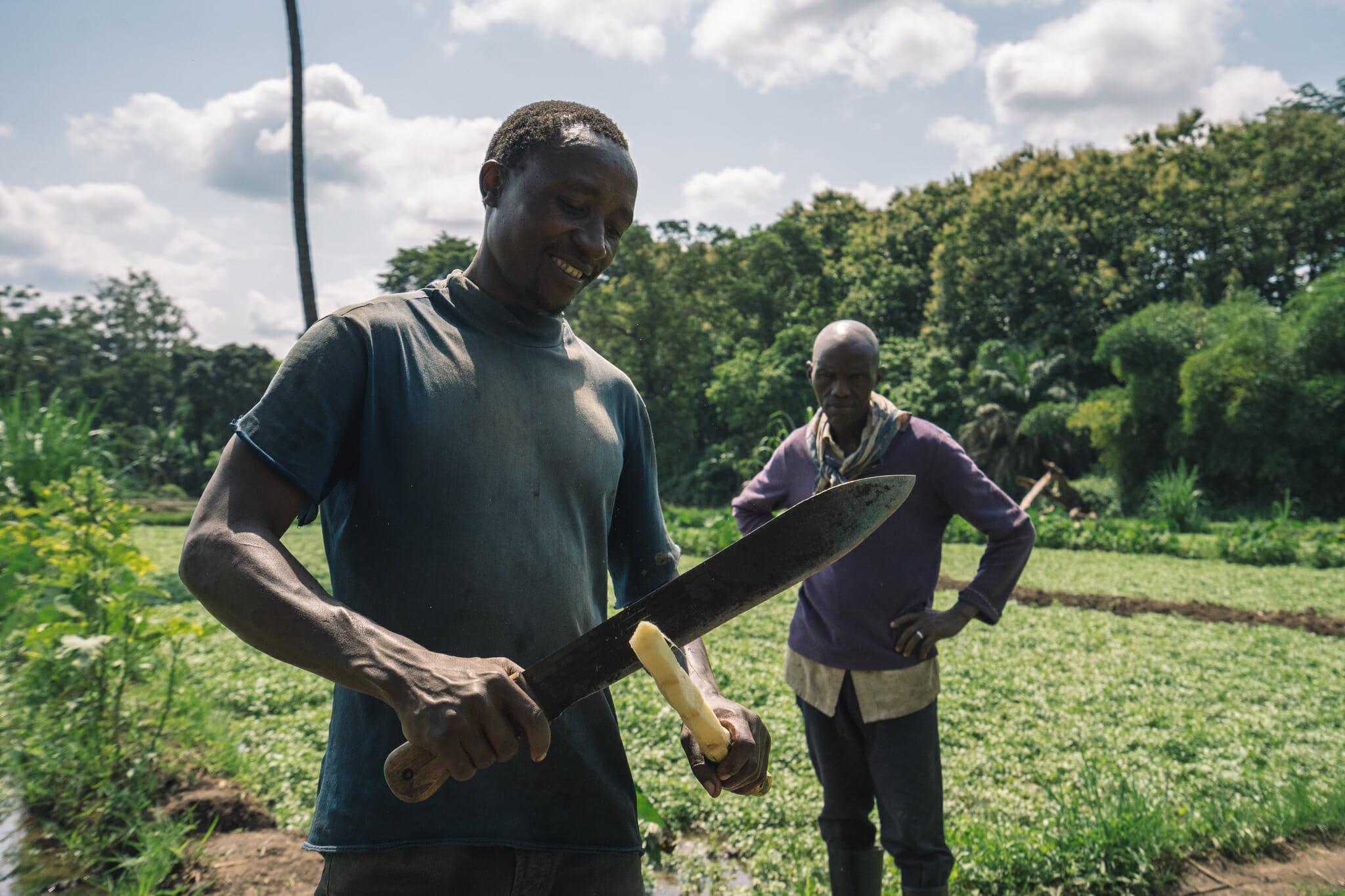 Pause culinaire à Rau Forest en Tanzanie