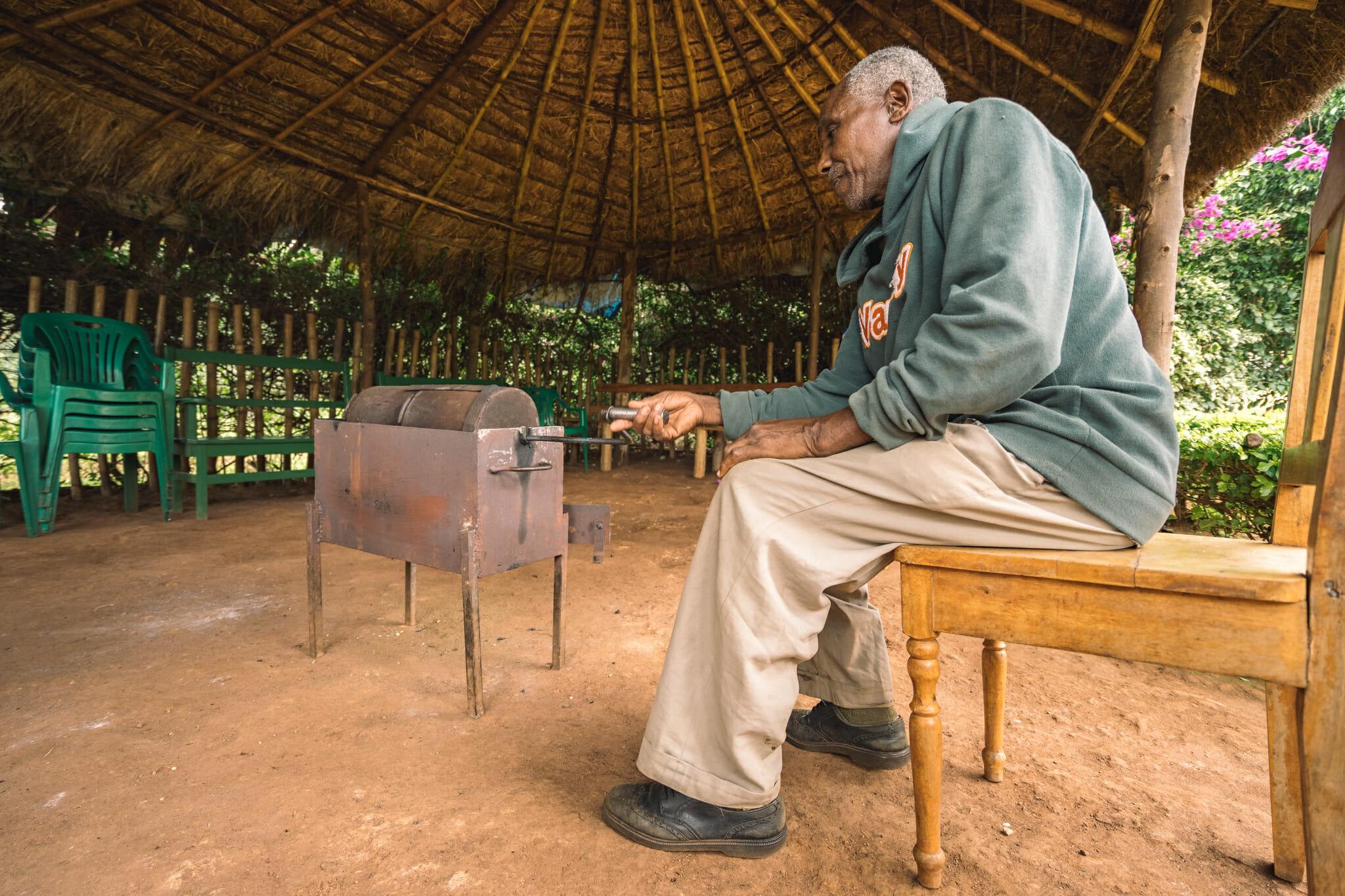 Rencontre avec le fondateur de cette ferme de café familiale en Tanzanie