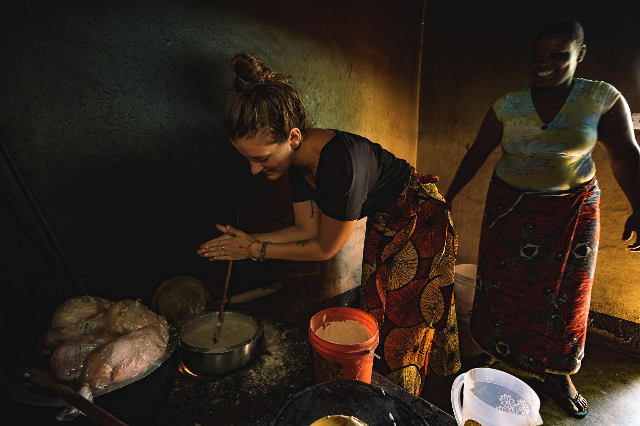 Cours de cuisine à Endallah en Tanzanie