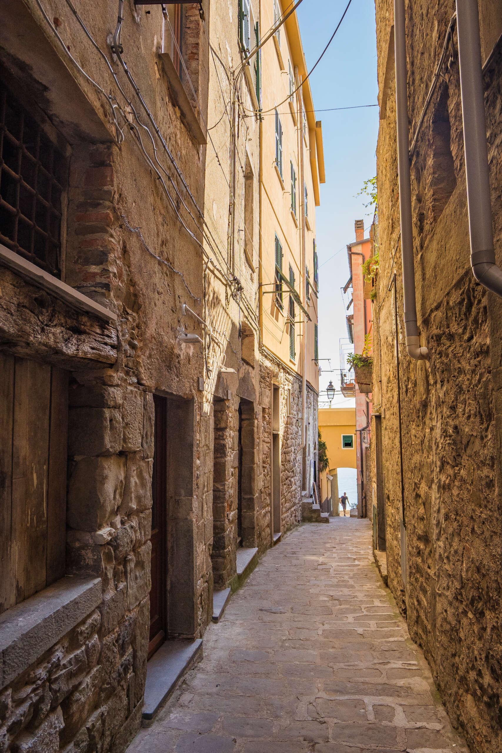 promenade dans le village de Corniglia