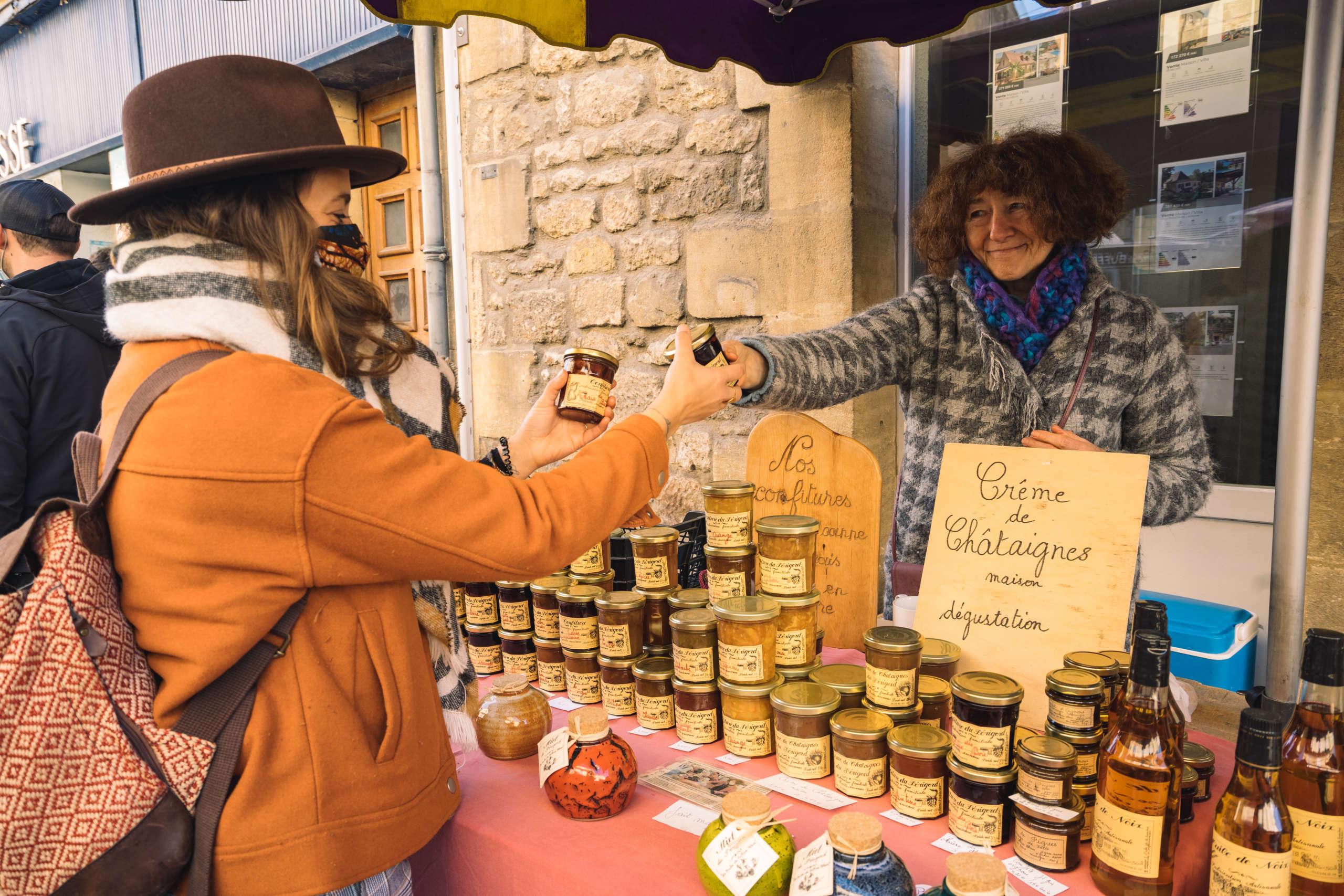 Rencontre avec Marie sur le marché de saint cyprien
