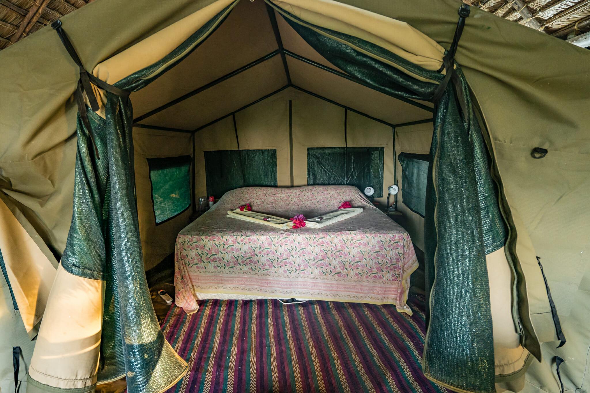 vue de la chambre du kitu kiblu à mafia island