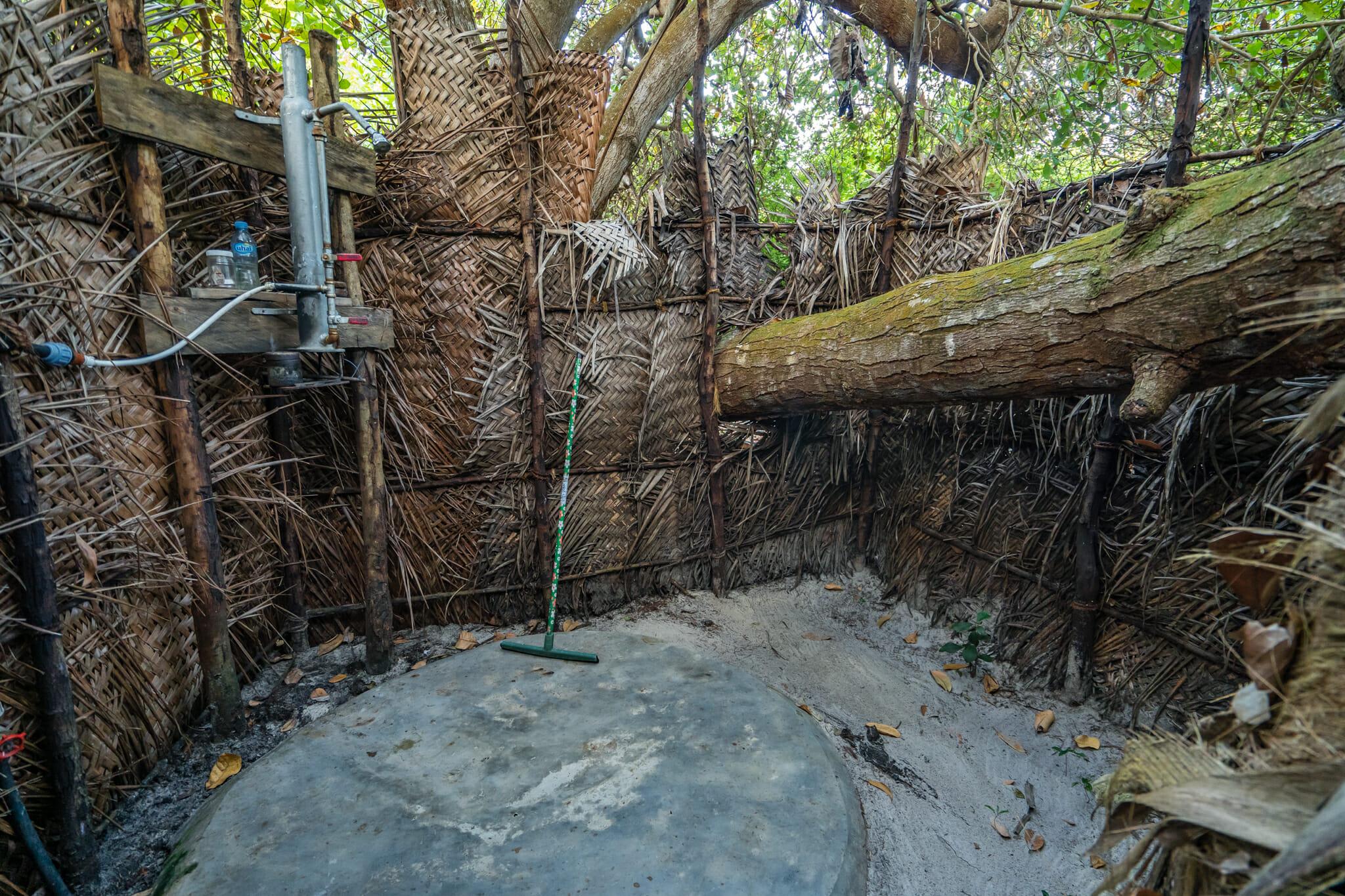 douche naturelle du kitu kiblu à mafia island